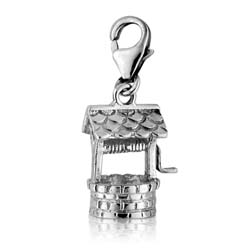18K White Gold Well Charm Pendant