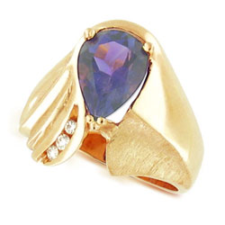 14k Yellow Gold Stunning Pear Amethyst and Diamond Ring